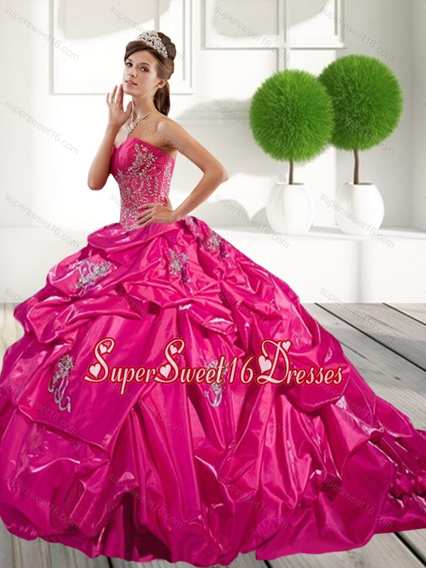 2015 Classical Appliques and Pick Ups 15th Birthday Party Dresses in Hot Pink