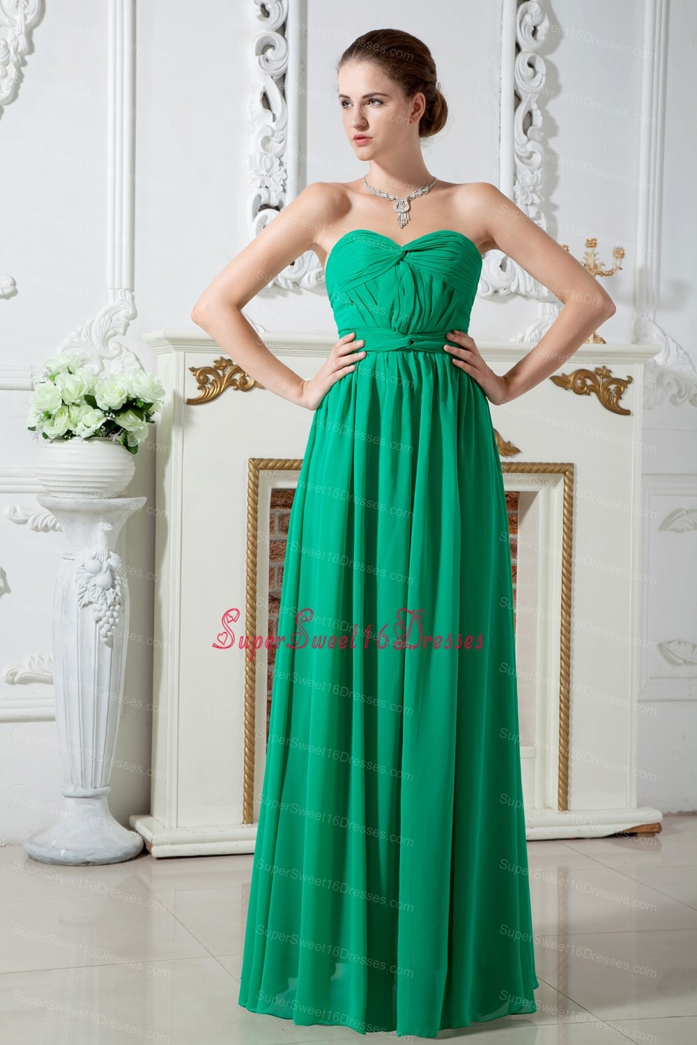 Green Empire Sweetheart Floor-length Chiffon Ruch Dama Dresses for Sweet 16