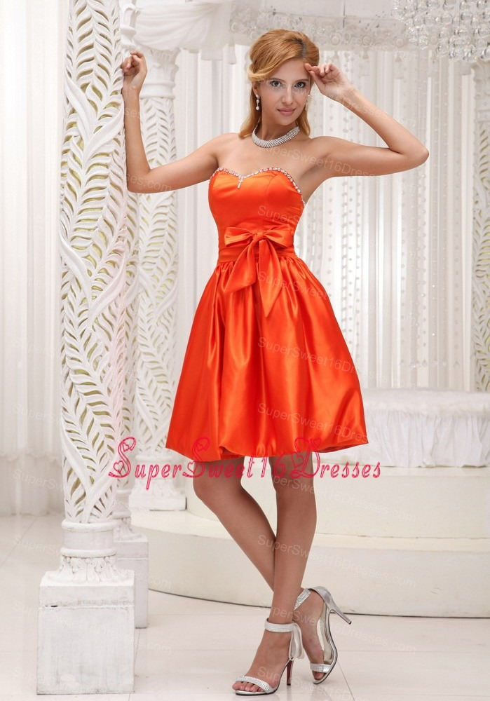Lovely Orange Red Dama Dresses for Sweet 16 For 2013 Bowknot Taffeta Beaded Decorate Bust