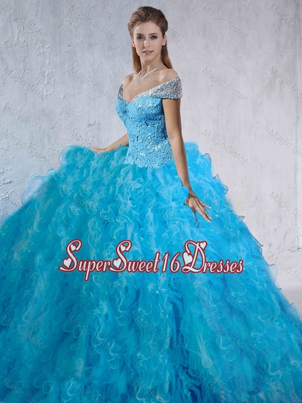 2016 Spring Fashionable Beaded and Laced Quinceanera Gowns with Brush Train