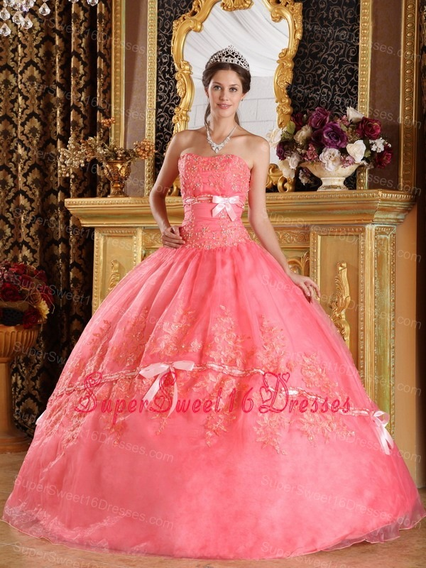 The Super Hot Watermelon Sweet 16 Dress Strapless Appliques Organza Ball Gown