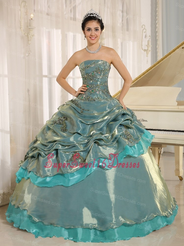 Multi-color Embroidery Decorate Sweet 16 Dress Clearance With Strapless In Oruro