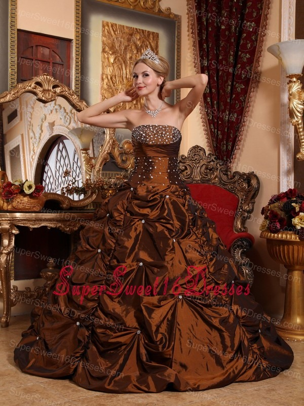 Fashionable Brown Sweet 16 Quinceanera Dress Strapless Taffeta Beading