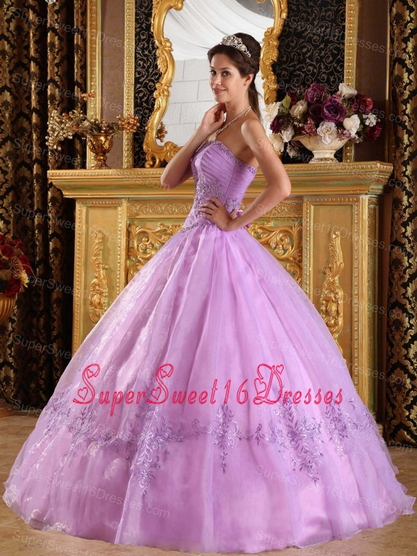 Perfect Lavender Sweet 16 Dress Strapless Appliques Organza Ball Gown