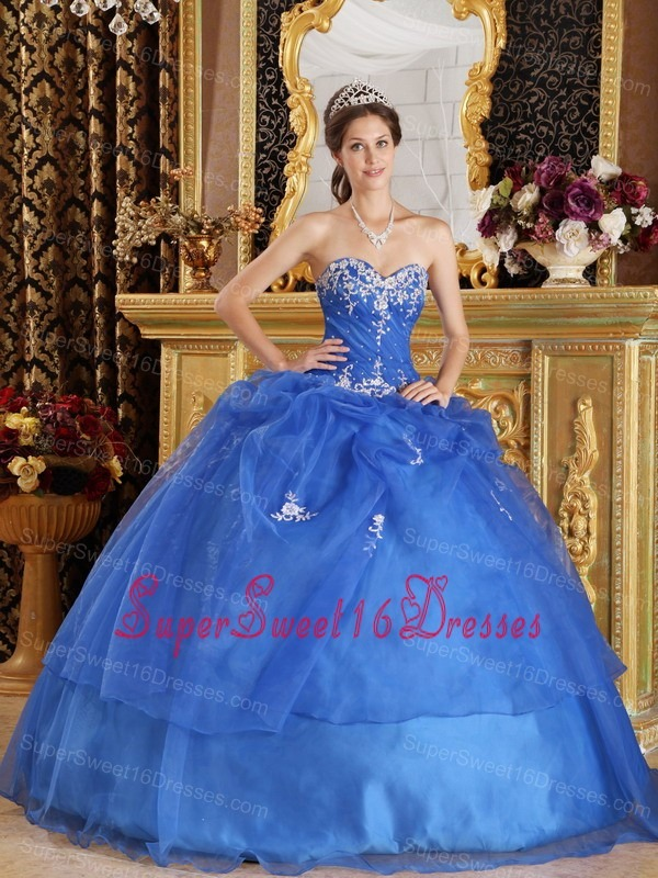 Elegant Blue Sweet 16 Quinceanera Dress Sweetheart Organza Appliques Ball Gown