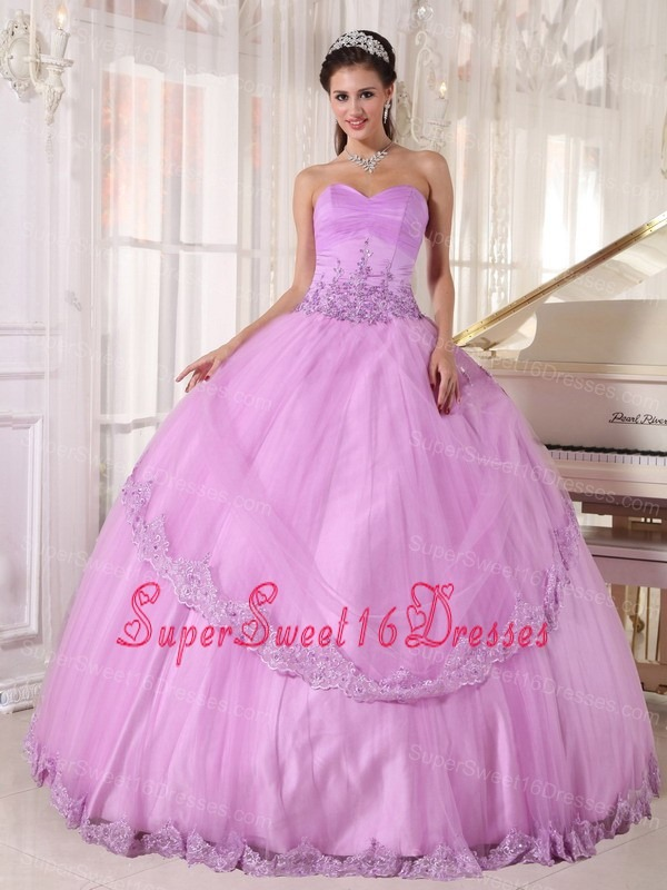 Discount Lavender Sweet 16 Dress Sweetheart Taffeta and Tulle Appliques Ball Gown