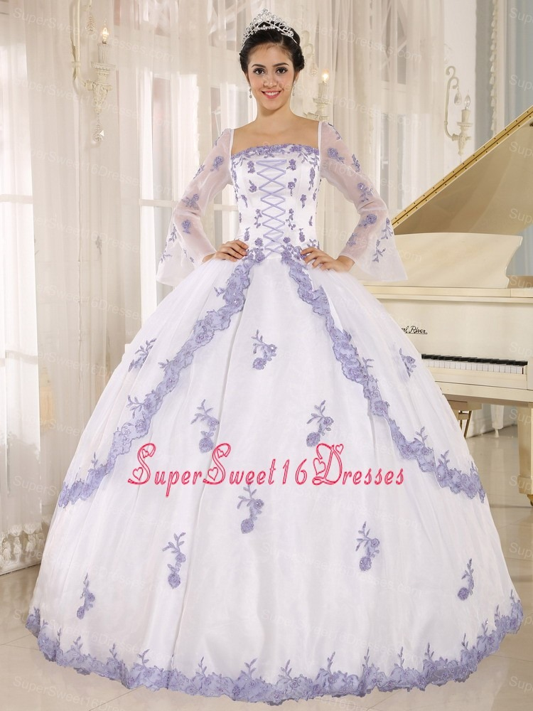 Lilac Embroidery Decorate On White Organza Square Neckline Sweet 16 Dress