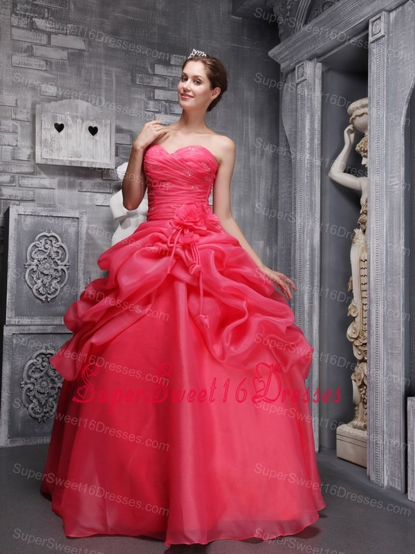 Pretty Coral Red Sweet 16 Dress Sweetheart Organza Beading and Ruch Ball Gown