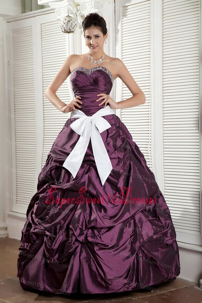 Popular Dark Purple Ball Gown Quinceanea Dress Sweetheart Taffeta Sash Floor-length