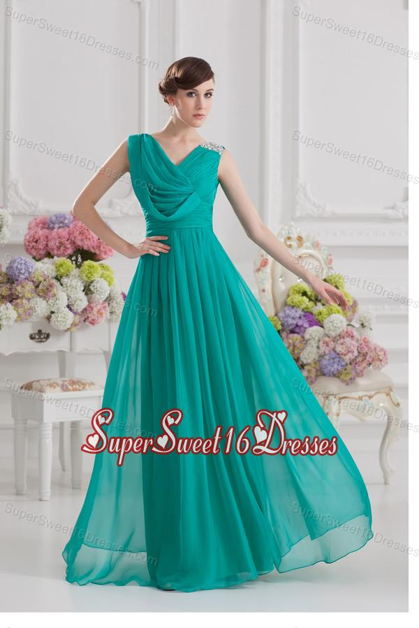 V-neck Empire Turquoise Chiffon Dresses for Dama with Ruching and Beading