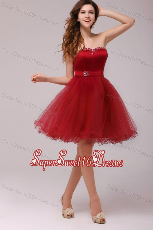 A-line Wine Red Sweetheart Beading Knee-length Dama Dresses