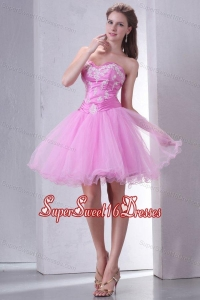 Sweetheart Rose Pink Short Organza Mini-length Dama Dress for Quinceanera with Appliques