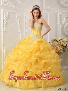 Ball Gown Strapless Organza Beading Cheap Sweet Sixteen Dresses in Yellow
