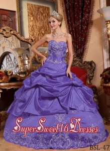 Taffeta Purple Appliques Sweetheart 2014 Quinceanera Dress with Beading