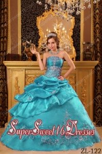 Elegant Appliques Taffeata Ball Gown Strapless Beading 2014 Quinceanera Dress in Turquoise