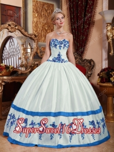 White and Blue Sweetheart Taffeta Appliques Military Ball Dress