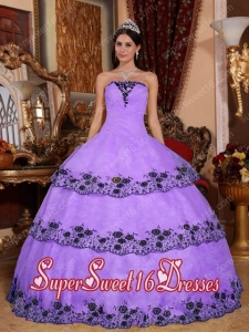 Modest Lavender Ball Gown Strapless Lace Appliques Sweet Sixteen Dresses Organza