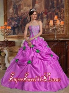 Straples Lavender Ball Gown Taffeta Beading and Flowers Modest Sweet Sixteen Dresses