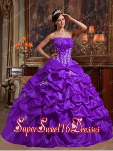 Ball Gown Appliques Strapless Modest Sweet Sixteen Dresses in Purple