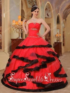 Red and Black Strapless Popular Sweet 16 Dresses with Appliques