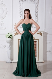 Dark Green Empire Sweetheart Brush Train Chiffon Ruch Dama Dresses for Sweet 16