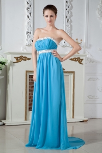 Empire Strapless Brush Train Chiffon Ruch and Beading Dama Dresses for Sweet 16