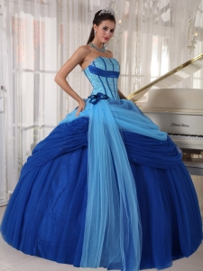 Modest Blue Sweet 16 Quinceanera Dress Strapless Tulle Beading Ball Gown