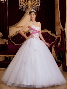 Pretty White Sweet 16 Dress Sweetheart Appliques Tulle / Princess