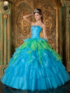 Inexpensive Organza Ruffles Strapless Blue Sweet 16 Quinceanera Gown For Guests