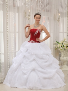 Informal White and Wine Red Sweet 16 Dress Strapless Taffeta and Organza Appliques Ball Gown