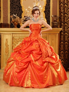Popular Orange Red Sweet 16 Dress Strapless Taffeta Handle Flowers Ball Gown