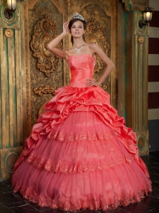 Popular Watermelon Sweet 16 Dress Sweetheart Taffeta and Tulle Lace Appliques Ball Gown