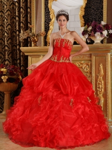 Pretty Red Sweet 16 Dress Strapless Appliques Organza Ball Gown