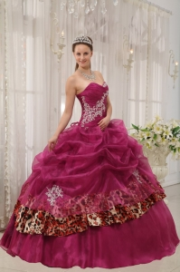 Popular Burgundy Sweet 16 Dress Sweetheart Organza and Leopard Appliques Ball Gown