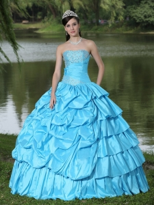 Aqua Blue For Clearance Sweet 16 Dress With Strapless Beaded Decorate Taffeta