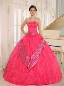 Coral Red Beaded Decorate 2013 Sweet 16 Gowns With Strapless In Buenos Aires