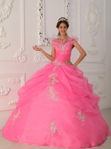 Latest Rose Pink Sweet 16 Dress V-neck Taffeta and Organza Appliques With Beading Ball Gown