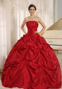 Wine Red Ball Gown Sweet 16 Dress With Pick-ups For Custom Made Taffeta