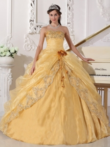 Popular Gold Sweet 16 Dress Strapless Organza Embroidery with Beading Ball Gown