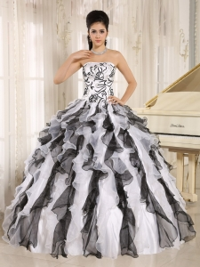 2013 Multi-color Embroidery Ruffles Sweet 16 Quinceanera Gowns With Strapless