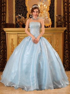 Romantic Baby Blue Sweet 16 Dress Strapless Organza Beading Ball Gown