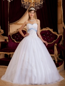 Romantic White Sweet 16 Dress Sweetheart Appliques Tulle / Princess