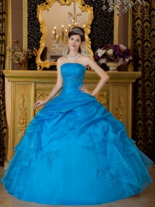 Simple Sky Blue Sweet 16 Dress Strapless Appliques Organza Ball Gown