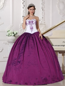Affordable White and Dark Purple Sweet 16 Dress Sweetheart Taffeta Embroidery Ball Gown