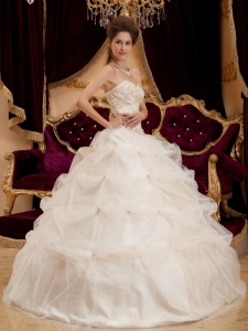 Beautiful Ivory Sweet 16 Dress Sweetheart Satin and Organza Embroidery Ball Gown