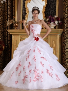 Wonderful White Sweet 16 Quinceanera Dress Strapless Organza Appliques A-Line