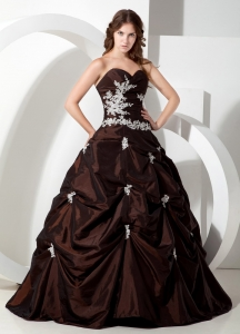 Customize Brown Sweetheart Sweet 16 Quinceanera Dress with Appliques