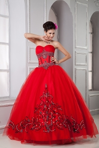 Exclusive Red Ball Gown Sweetheart Sweet 16 Dress Tulle Beading Floor-length