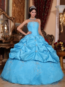 Perfect Aqua Blue Sweet 16 Dress Strapless Taffeta and Organza Beading Ball Gown