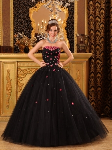 Popular Black Sweet 16 Quinceanera Dress Strapless Tulle Appliques Ball Gown